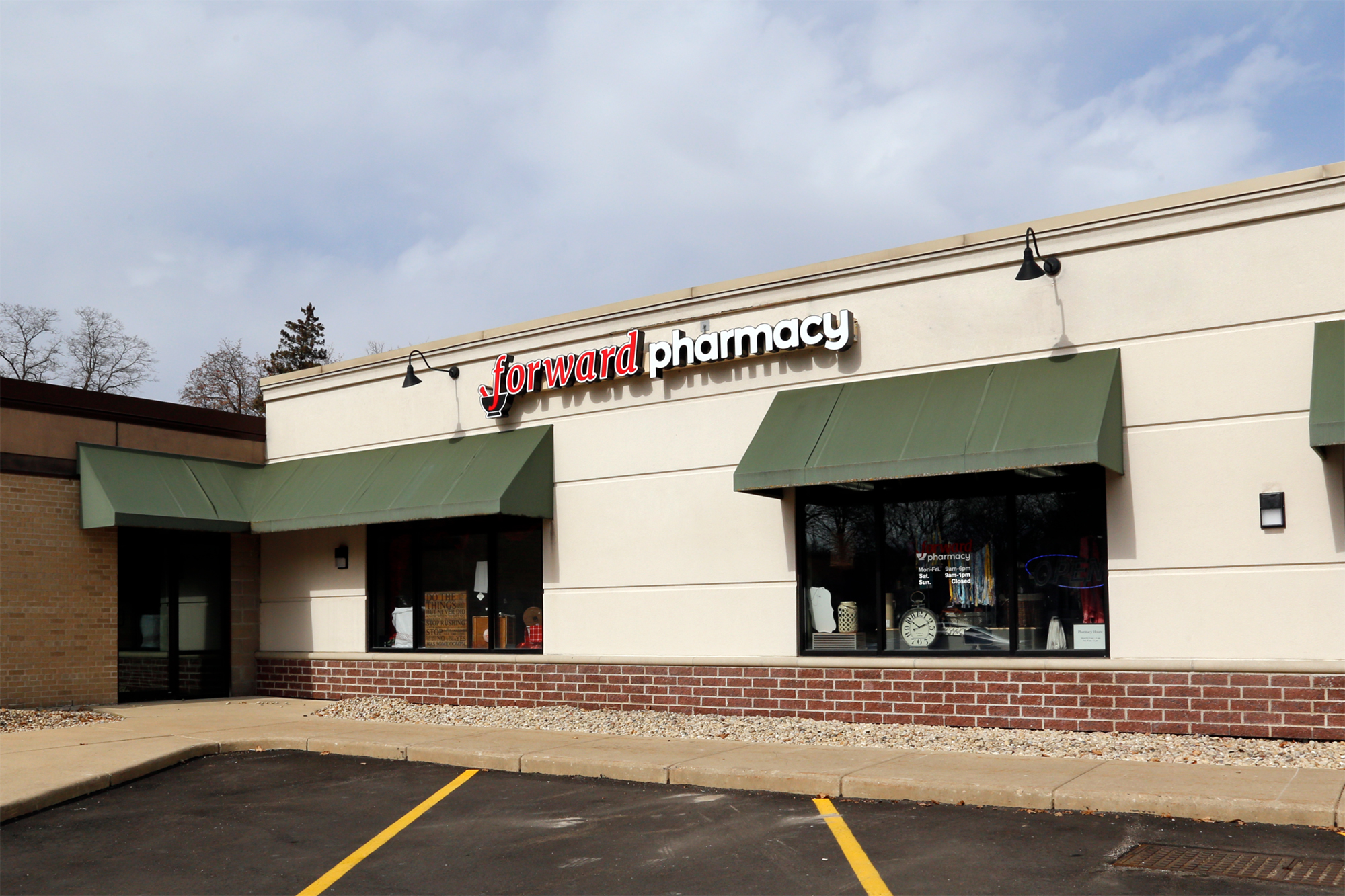 Deerfield Pharmacy Exterior