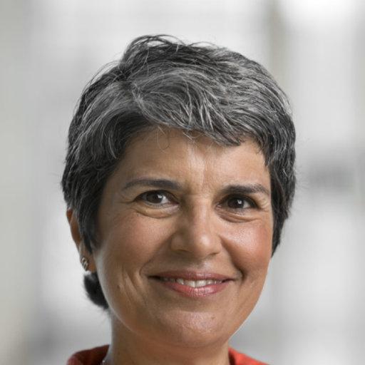 Cynthia Haq headshot