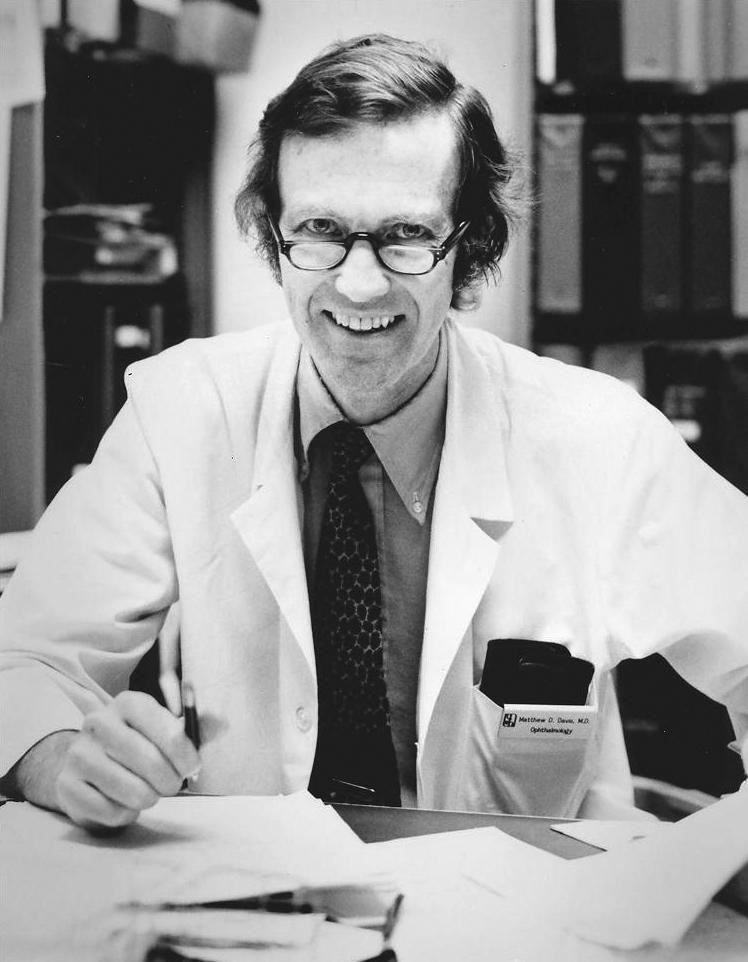 DR. MATTHEW DINSDALE DAVIS