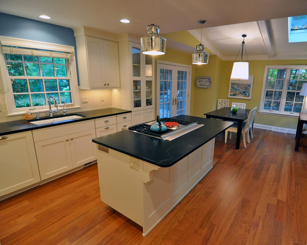 Custom design/build kitchen remodel in Maple Bluff, Wisconsin by TDS Custom Construction. Cabinets by Woodharbor Custom Cabinetry.