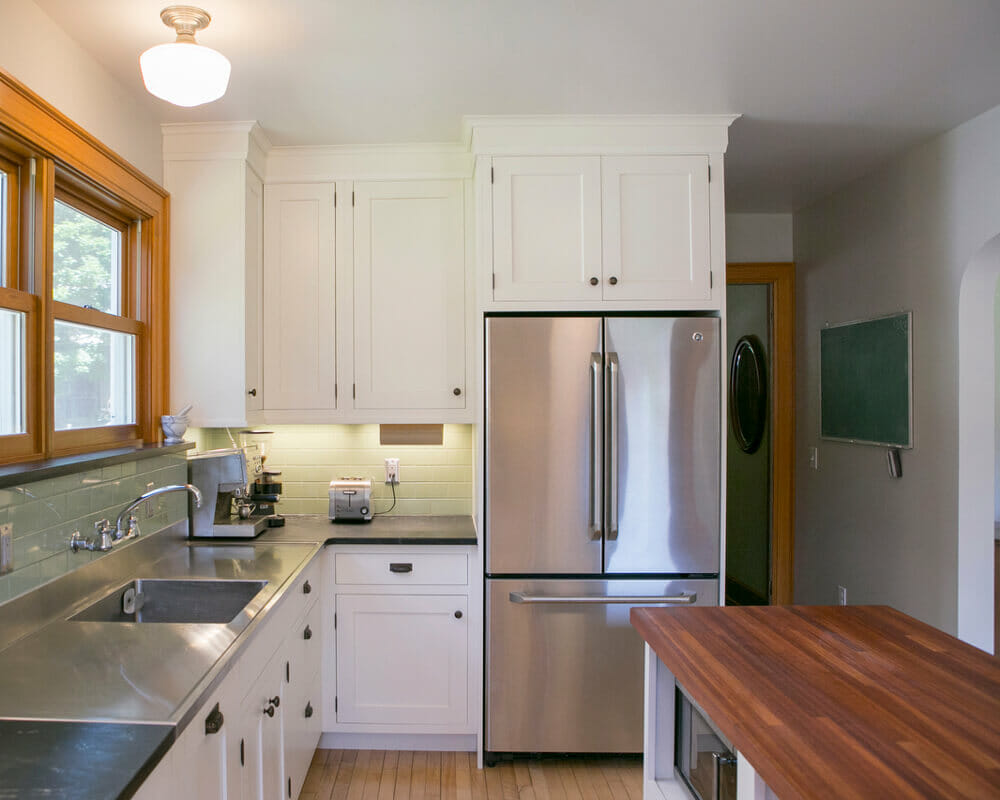 """Kitchen remodel with custom Woodharbor inset cabinets and 18"""" integrated dishwasher by TDS Custom Construction in Madison, WI"""