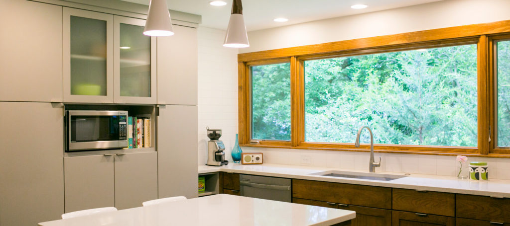 Modern and fresh kitchen remodel for a nearwest-side Madison home. Kitchen remodel by TDS Custom Construction.
